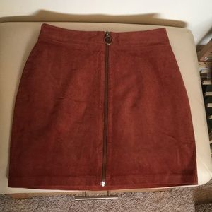 Forever 21 rust color mini skirt with zipper